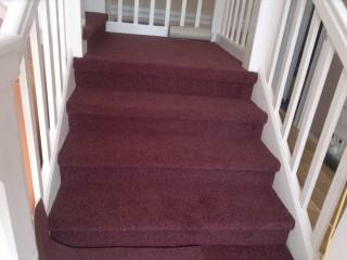 Obložení schodů kobercem