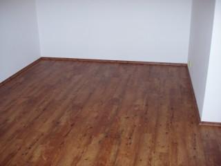 Vinylová podlaha Expona Domestic v obývacím pokoji