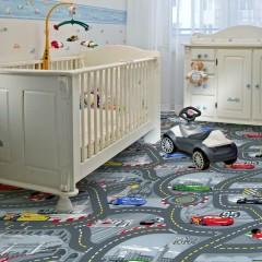 Koberec do dětského pokoje World of cars 2