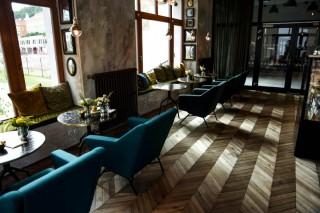 luxusní dřevěná podlaha Chapel Minster